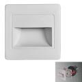 LED Treppenbeleuchtung STEP LIGHT LED/1,5W/230V silber